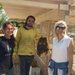 I giovani dell'Istituto Panzini apicoltori per un giorno