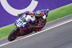 Il senigalliese Simone Saltarelli in sella alla Yamaha R1 del JAngel Team nel National Trophy SBK