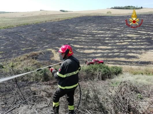 SAN MARCELLO stoppie sterpaglie fiamme MONTECAROTTO vdf2019-07-21-x00 (1)