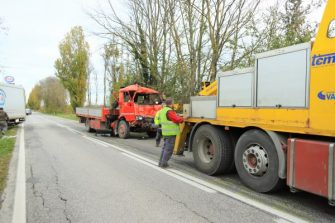 SERRADECONTI incidente camion2019-11-18 (2)