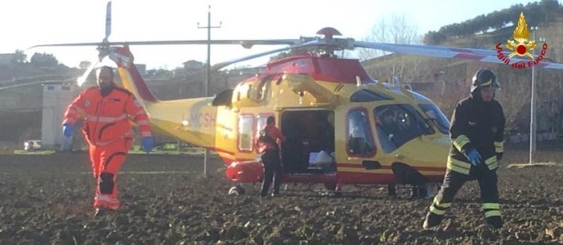 OSTRA VETERE incidente arceviese auto feriti vdf2019-12-14 (5)