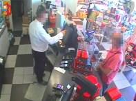 polizia isole ristoro autostrsda furti dolciumi2019-12-02 (2)