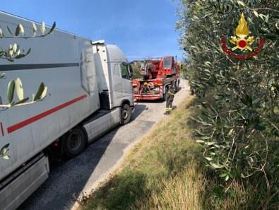POGGIO SAN MARCELLO recupero camion vdf2020-01-22 (3)
