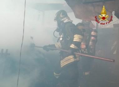 ARCEVIA incendio capanno agricolo magnadorsa vdf2020-04-05 (2)