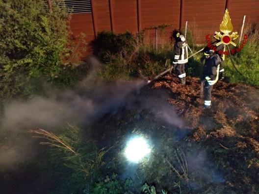 FALCONARA incendio sterpi castelferretti vdf2020-05-10 (1)