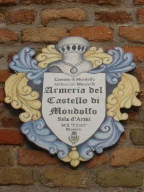 MONDOLFO armeria castello