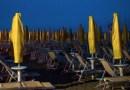 Dopo gli atti vandalici sulla spiaggia di Senigallia controlli intensificati nella notte: sanzionati 38 giovani