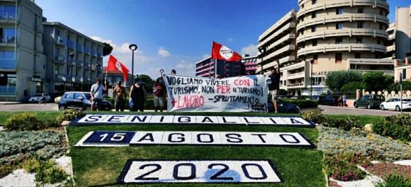 SENIGALLIA potere al popolo manifestazione2020-08-15 (2)