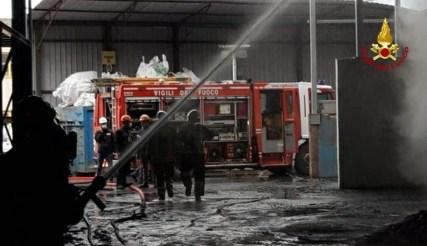 FANO incendio alla Profilglass2021-04-13