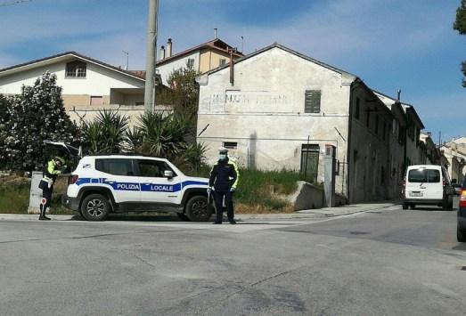 MARINA DI MONTEMARCIANO controlli polizia locale2021-05-05 (1)