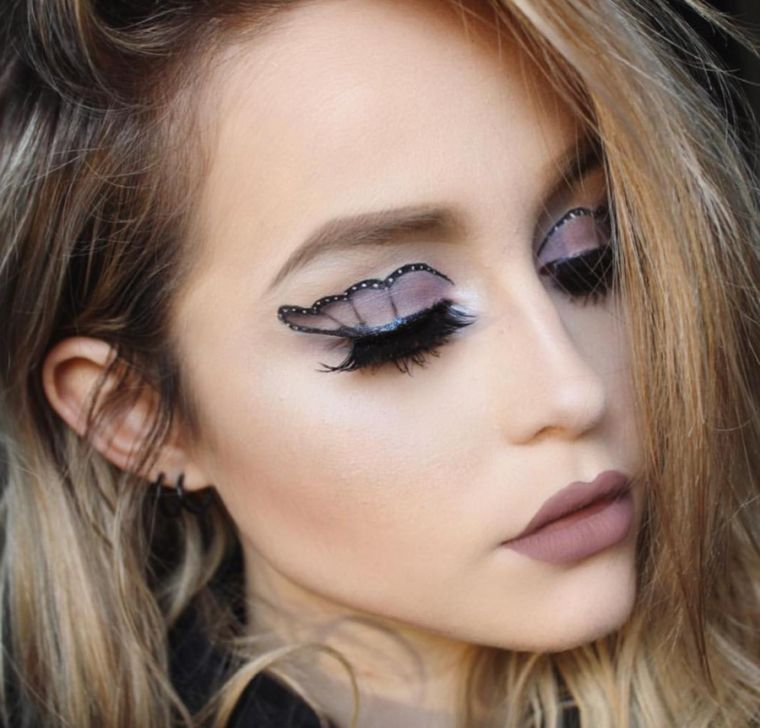 idee maquillage halloween femme une
