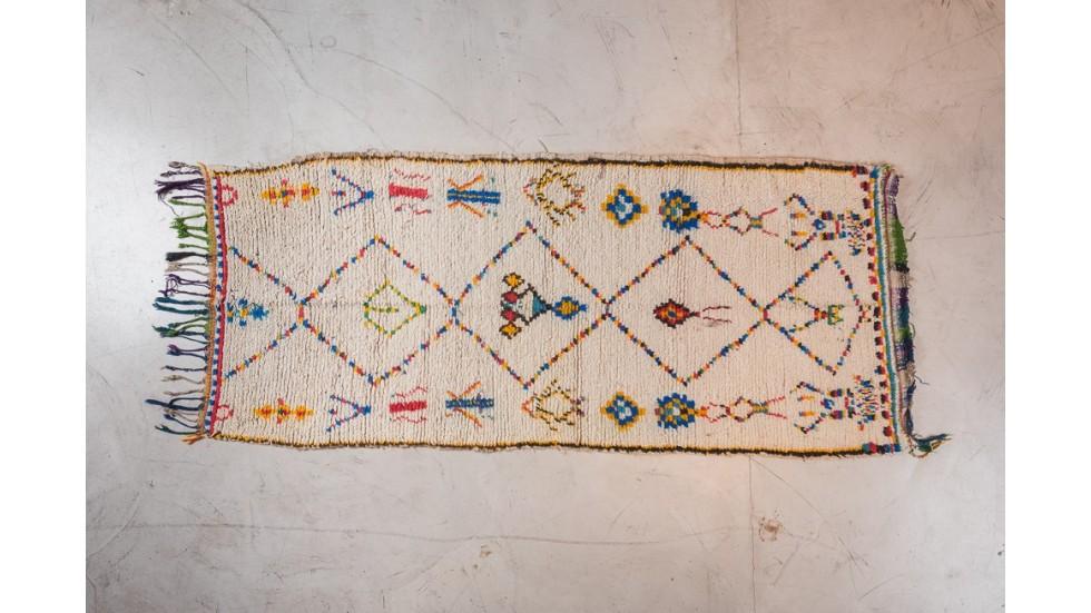tapis haut de gamme berbere azilal piece unique de design