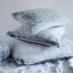 Coussin fausse fourrure Iceberg