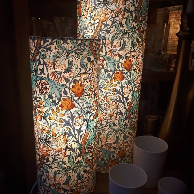 Lampes tubes en tissu