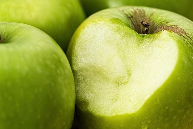 acetaldehído es un sabor similar a la manzana verde
