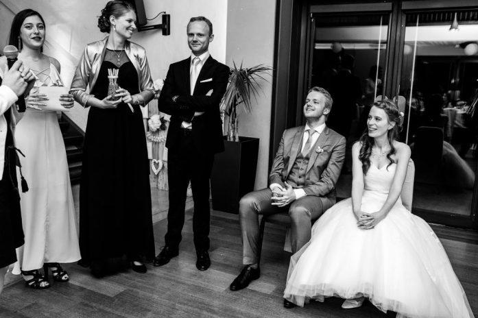 Préparation de l'animation de mariage avec les témoins et les mariés