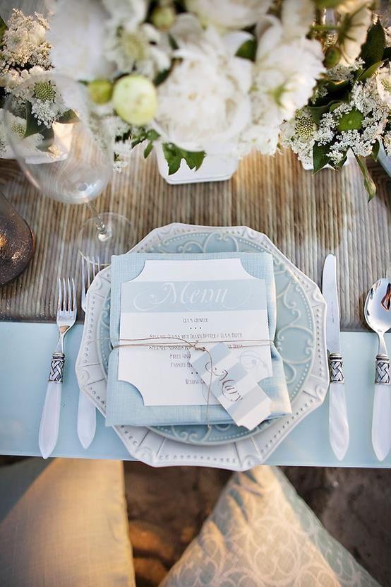 art de la table pour un mariage bleu