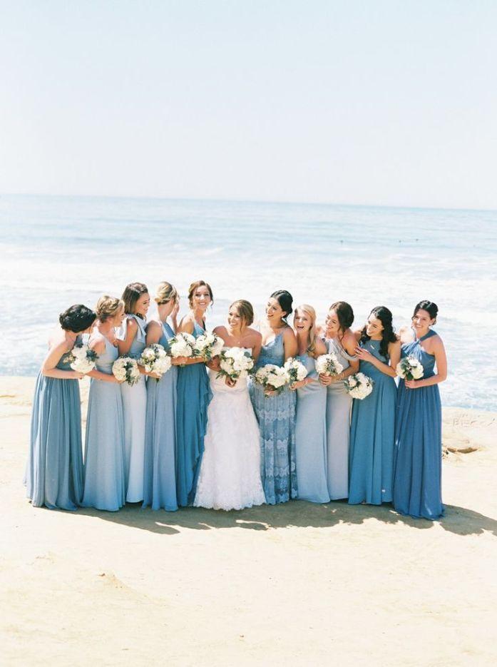 Demoiselle d'honneur mariage thème bleu
