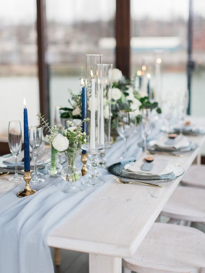 table de brunch mariage bleu