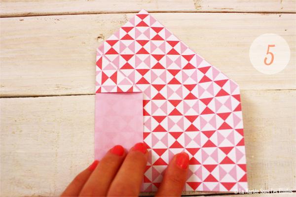 DIY {Do It Yourself} Marque-places cœur en origami| Etape 2 : L'art du pliage 5 par La Mariée Sous Les Etoiles