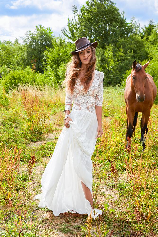 Fabienne Alagama ★ Collection 2016 - Robe de mariée Angie © Sandra Fourqui | La Mariée Sous Les Etoiles