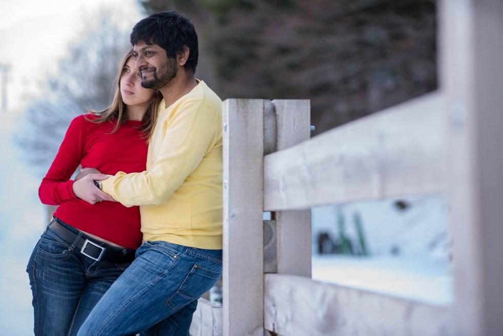 Céline ♥ Vinod - une séance engagement dans les montagnes enneigées d'Auvergne | Matthieu Maratet | Blog mariage La Mariée Sous Les Etoiles