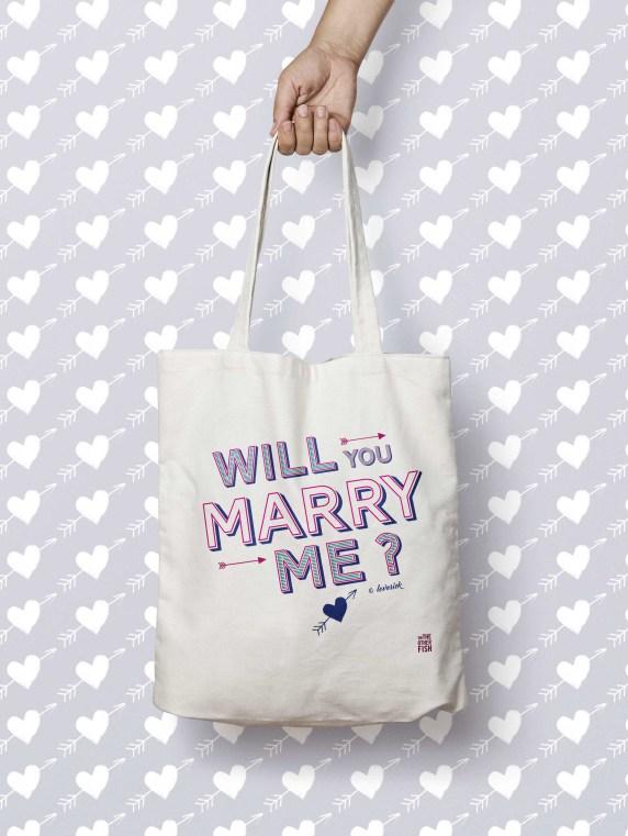 Totebag personnalisé On The Other Fish - Blog mariage DIY La Mariée Sous Les Etoiles