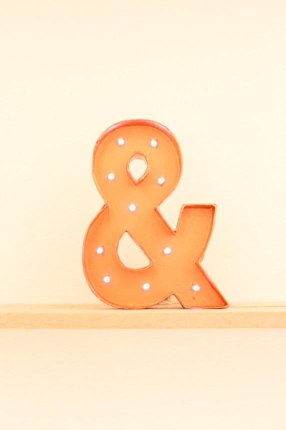 DIY pour une lettre lumineuse facile à créer - Blog mariage et Do It Yourself La Mariée Sous Les Etoiles