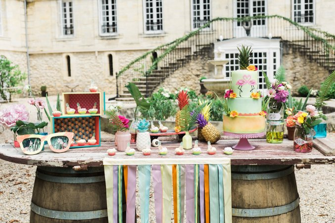 Shooting d'inspiration mariage tropical et coloré en mode Californie Party   Crédit © Caroline Happy Pics   Blog La Mariée Sous Les Etoiles