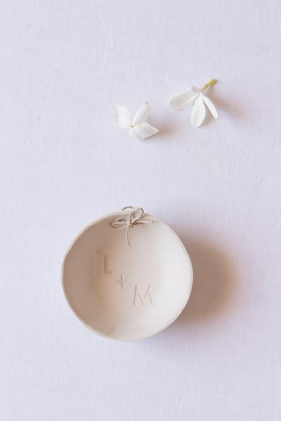 Porte-alliance en argile_Make My Wed_Wedding-Event-Design (6)
