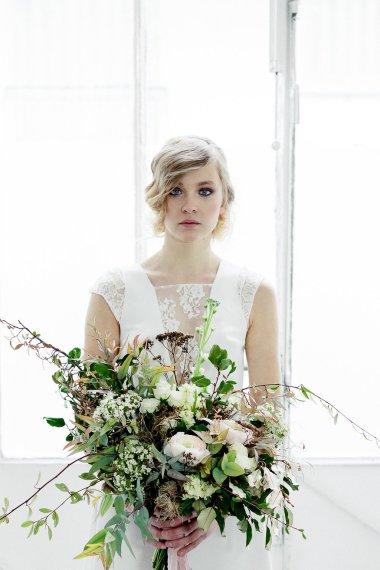 Workshop-coiffures-de-mariee-minimaliste-vegetal-floral-amélie-gouttenoire-photos-frederick-dewitte (10)