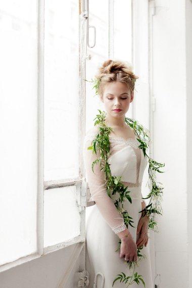 Workshop-coiffures-de-mariee-minimaliste-vegetal-floral-amélie-gouttenoire-photos-frederick-dewitte (24)