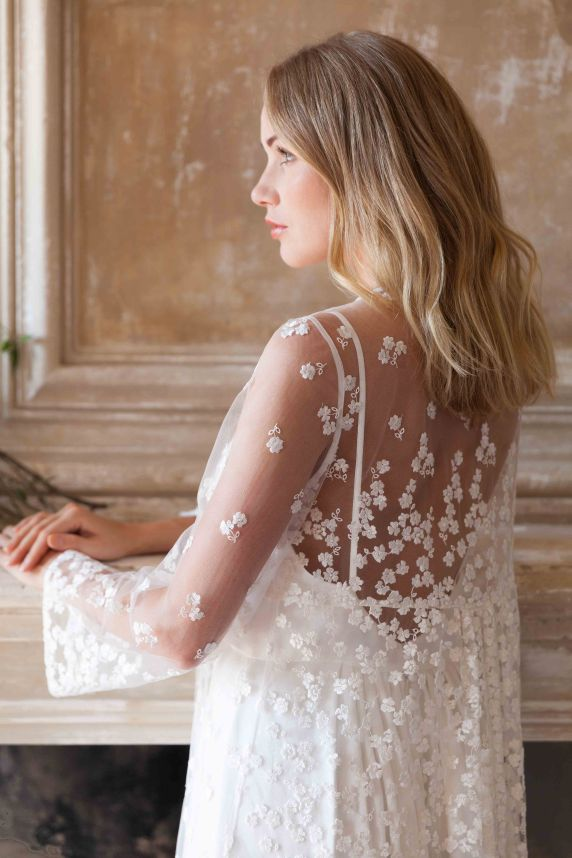 Lila de Saint Louis • Nouvelle collection 2018 de robes de mariée