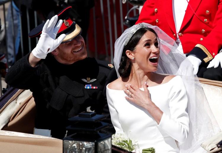 Meghan Markle reveló el detalle azul de su vestido que le recuerda su primera cita con Harry