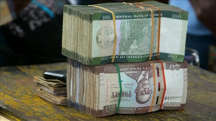 Los billetes desaparecidos equivalen al 5% del PBI (Reuters)