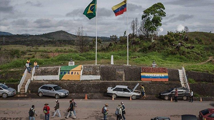 La profunda crisis en Venezuela empuja a miles de venezolanos a huir a Brasil