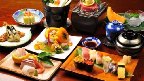 cómo reservar mesa en Japón