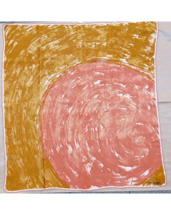 Pañuelo de seda de los sesenta por Pierre Cardin