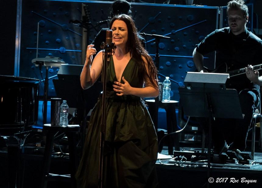 Evanescence-GreekTheater-LosAngeles_CA-20171015-RocBoyum_28 (7)