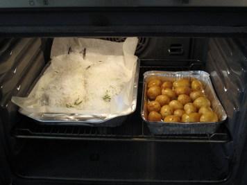 Orate agli aromi in crosta di sale, cottura al forno
