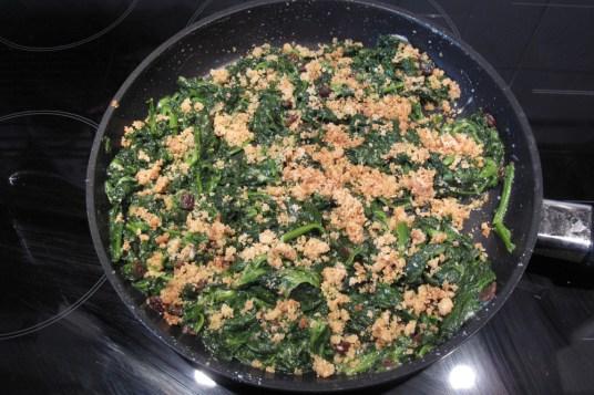 Rotolo di spinaci e uvetta