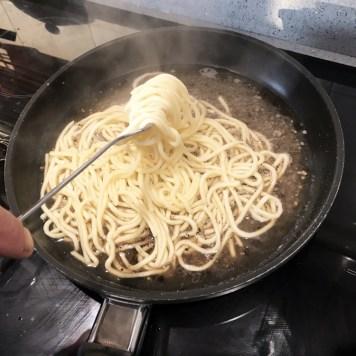 Pasta cacio pepe e pere