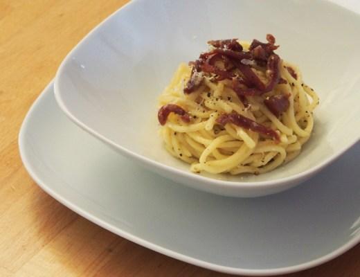 Pasta fresca con prosciutto crudo
