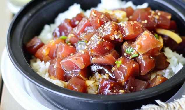 Cos'è il poke hawaiano e come fare il poke bowl a casa