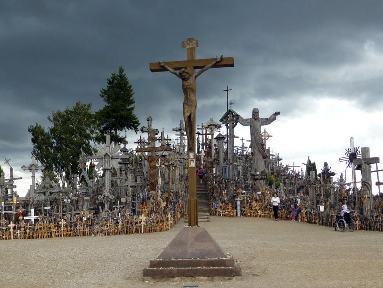 colina-de-las-cruces-lituania-10
