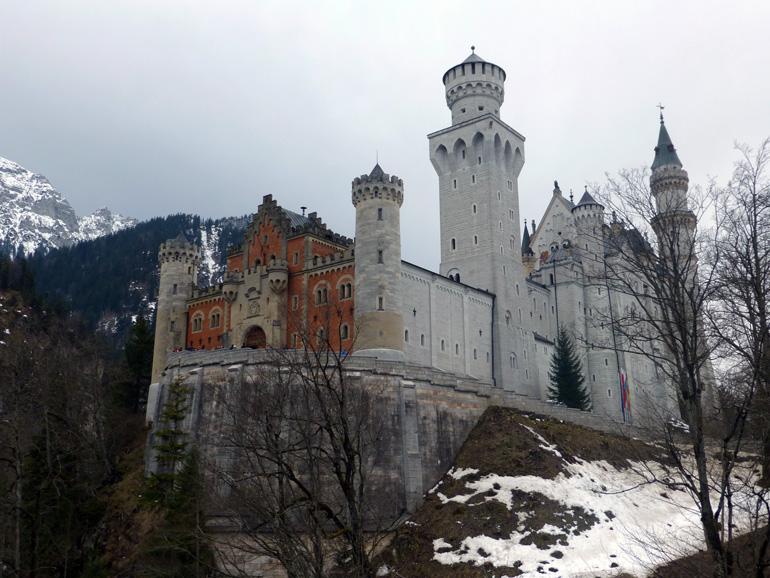 Vista del castillo desde abajo