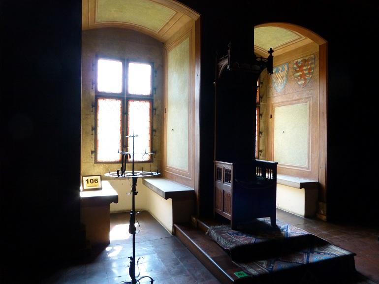 trono-rey-carlos-iv-castillo-Karlstejn