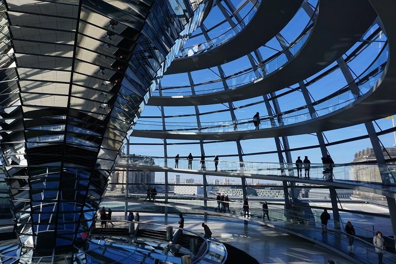 interior-cupula-reichstag