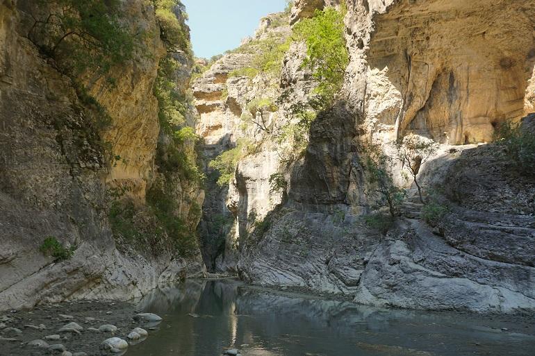 alrededores de las termas naturales de Përmet, qué ver en albania