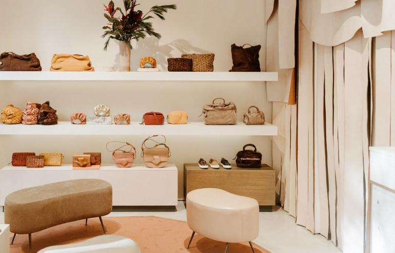 Interior de la tienda Malababa en la ruta de compras por madrid